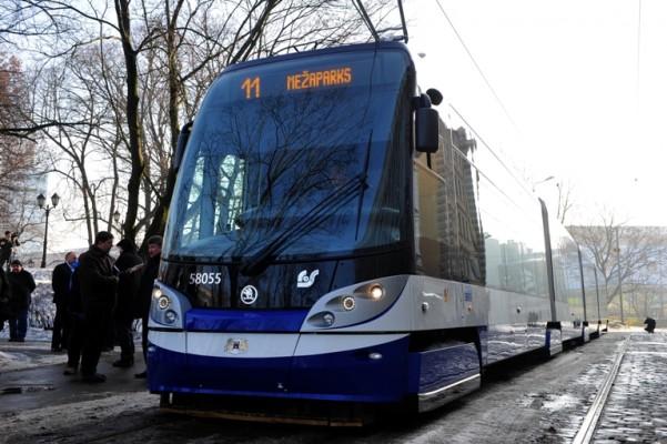 Zemās grīdas tramvaji sāk kursēt arī uz Mežaparku