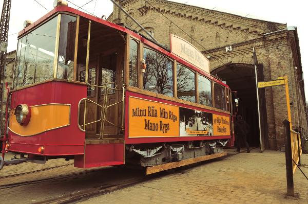 """Rīgas satiksme"" Retro tram is opening the summer season ..."